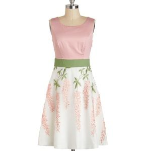Intro to Organza Chemistry Dress in 14 (UK)